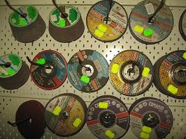 3 pjovimo diskai viktoro gilvonausko imone Gargzdai